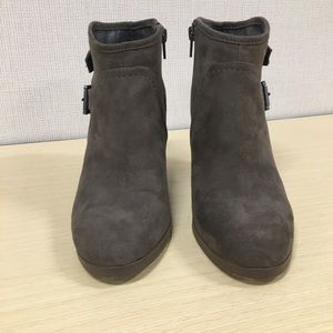 Crown Vintage Shoes - Crown Vintage Ankle Boots / Booties Size 8